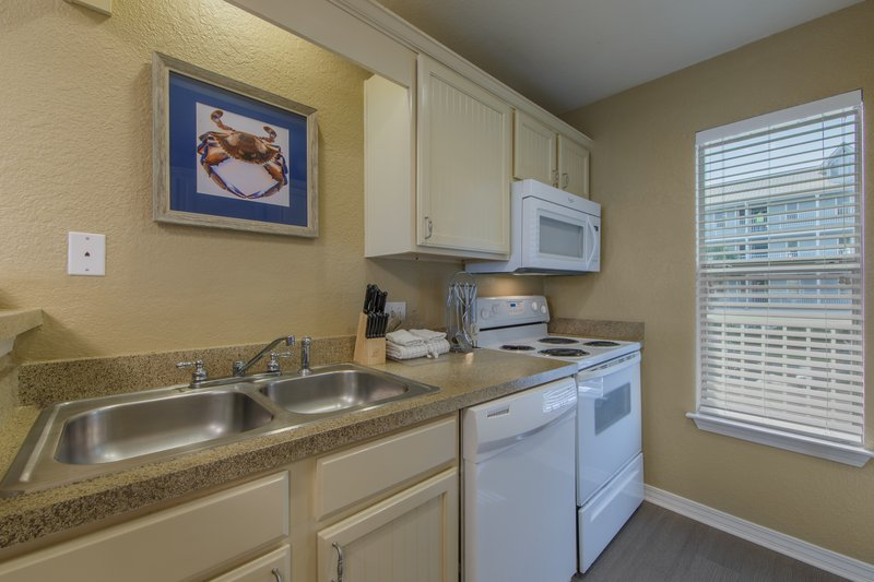 Holiday Inn Club Vacations Galveston Beach Resort-Prepare meals in a fully equipped kitchen<br/>Image from Leonardo