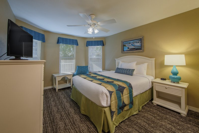 Holiday Inn Club Vacations Galveston Beach Resort-Relax in a cozy queen bed<br/>Image from Leonardo
