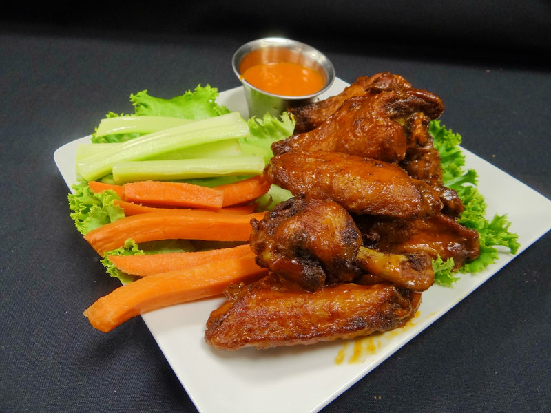 Crowne Plaza Milwaukee Airport-Chicken Wings at Altitude<br/>Image from Leonardo