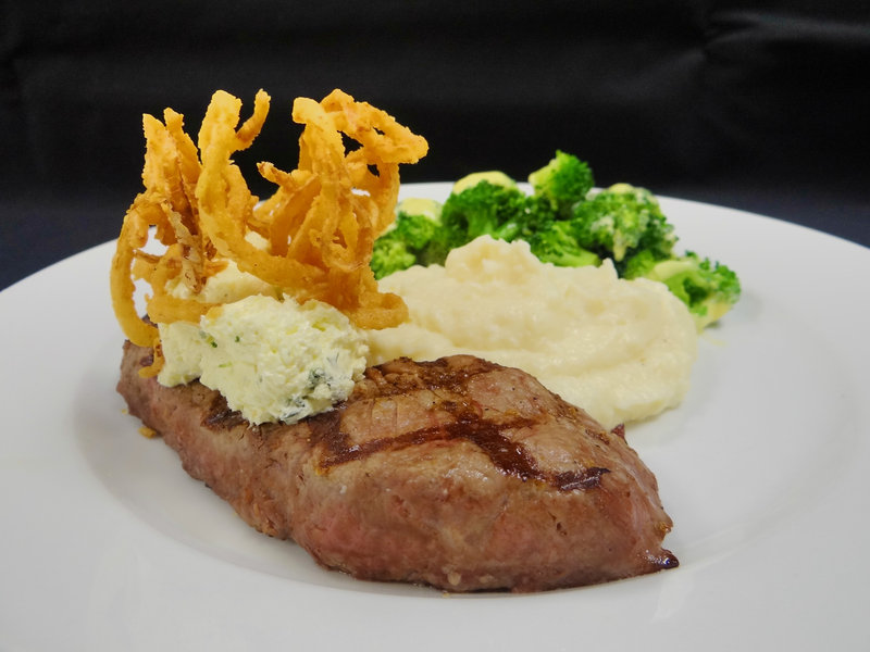 Crowne Plaza Milwaukee Airport-Steak with Mashed Potatoes at Altitude<br/>Image from Leonardo