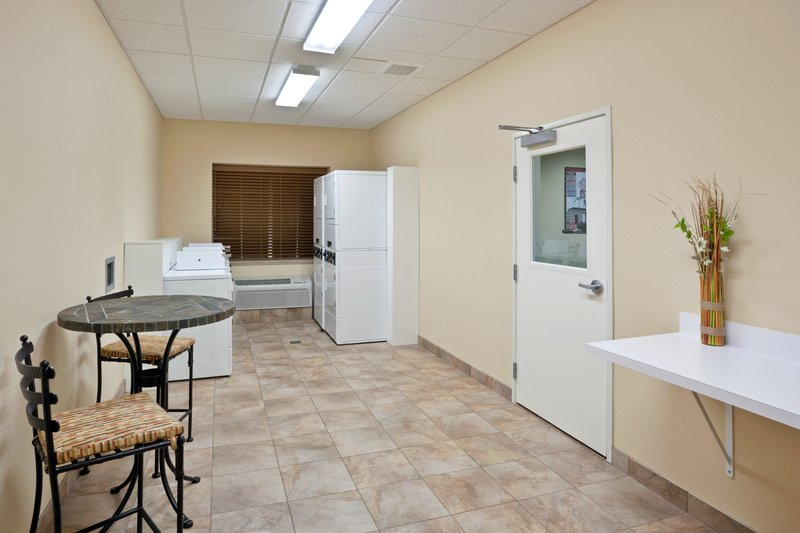 Candlewood Suites Portland Airport-24 hour complimentary guest laundry extended stay<br/>Image from Leonardo