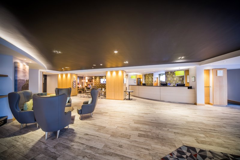 Holiday Inn Reading-South M4, Jct.11-Hotel Exterior<br/>Image from Leonardo