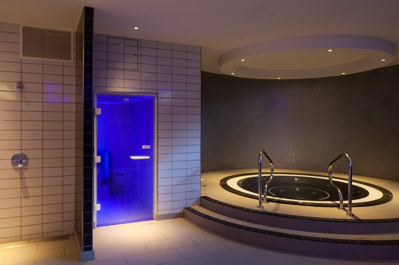 Crowne Plaza Newcastle - Stephenson Quarter-Whirlpool and Steam Room available in Mineral House<br/>Image from Leonardo