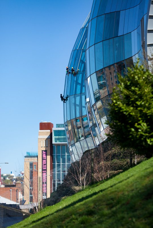Crowne Plaza Newcastle - Stephenson Quarter-Sage Gateshead Music Hall, half a mile walk<br/>Image from Leonardo