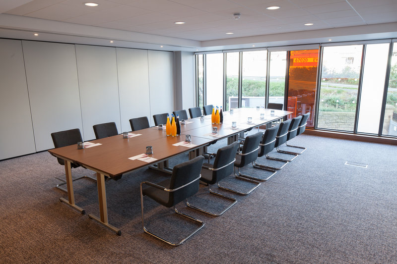Crowne Plaza Newcastle - Stephenson Quarter-Our meeting rooms can be split to alter the size of the room<br/>Image from Leonardo