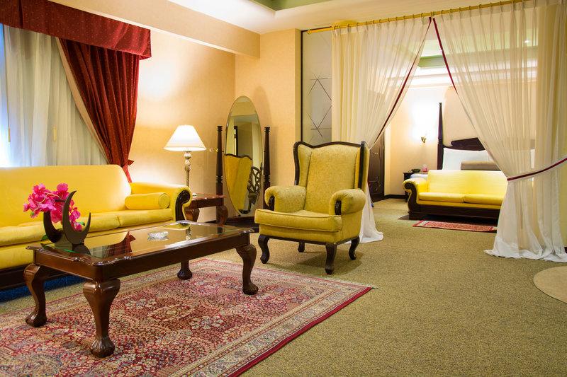 Crowne Plaza Hotel de Mexico-Suite<br/>Image from Leonardo