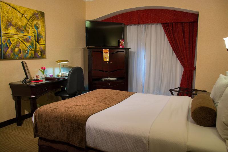 Crowne Plaza Hotel de Mexico-Queen Bed Guest Room<br/>Image from Leonardo