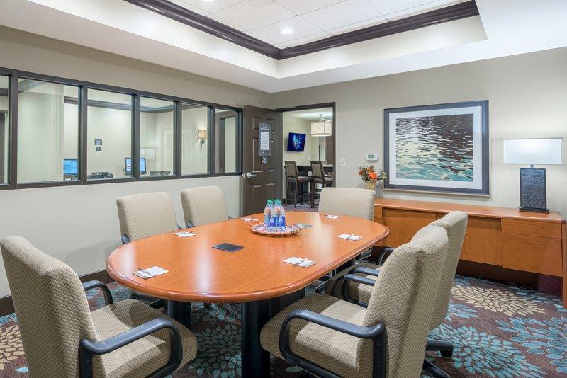 Staybridge Suites Wilmington-Newark-Meeting Room <br/>Image from Leonardo
