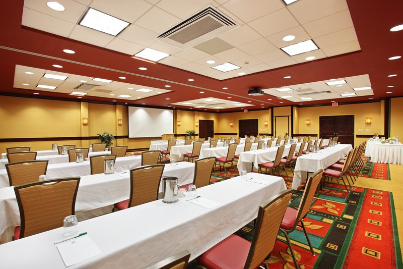 Holiday Inn Asheville - Biltmore West-3,000 square feet of meeting space for your business events.<br/>Image from Leonardo