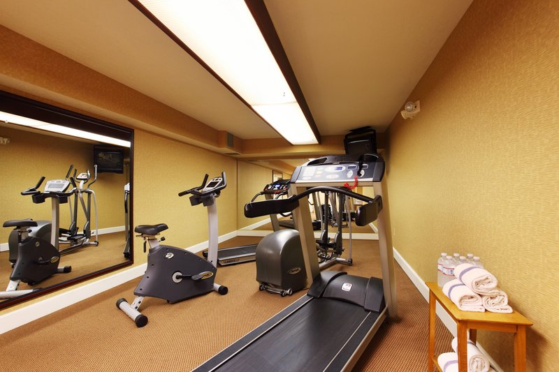 Holiday Inn Asheville - Biltmore West-Fitness Center to keep up with your regular routine.<br/>Image from Leonardo