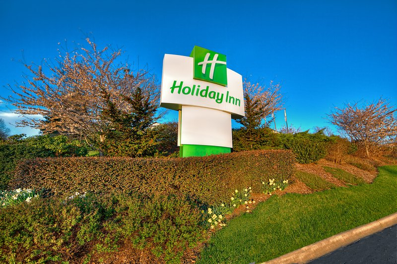 Holiday Inn Asheville - Biltmore West-Welcome to the beautiful Holiday Inn Asheville ~ Biltmore West.<br/>Image from Leonardo