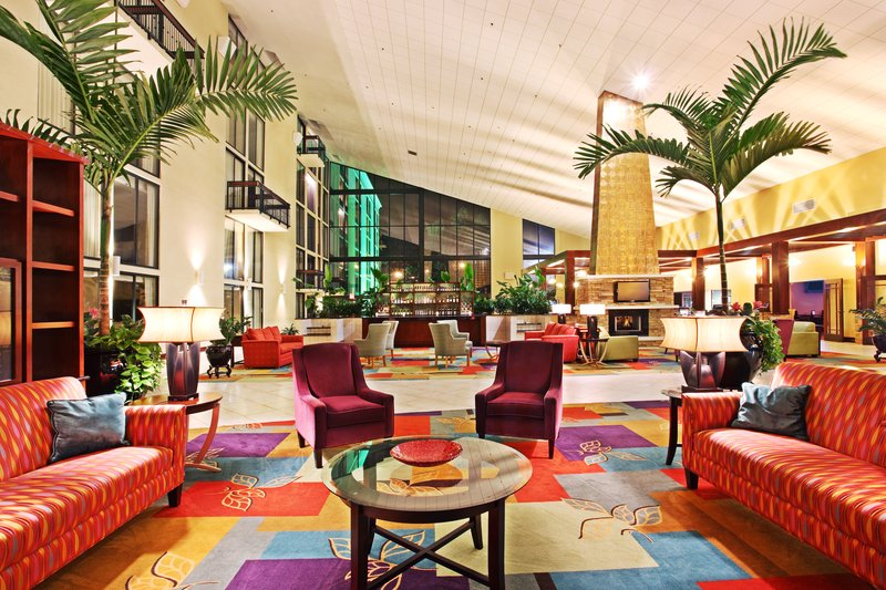 Holiday Inn Asheville - Biltmore West-Our spacious atrium lobby for visiting with family and friends<br/>Image from Leonardo