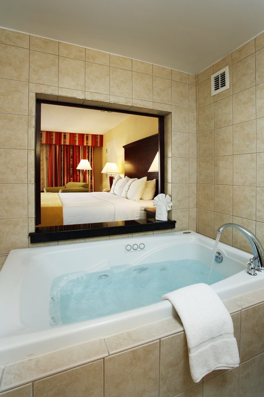 Holiday Inn Asheville - Biltmore West-Jacuzzi Overlooking the Guest Room for relaxing after a long day.<br/>Image from Leonardo