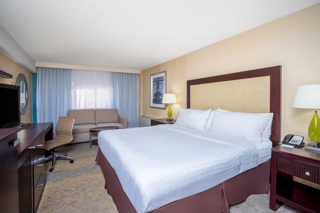 Holiday Inn Inner Harbor-Newly updated King Bed with Sofabed Holiday Inn Inner Harbor<br/>Image from Leonardo