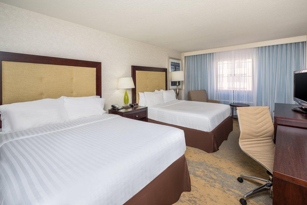 Holiday Inn Inner Harbor-Newly updated Two Queen Beds Holiday Inn Inner Harbor Baltimore DT<br/>Image from Leonardo