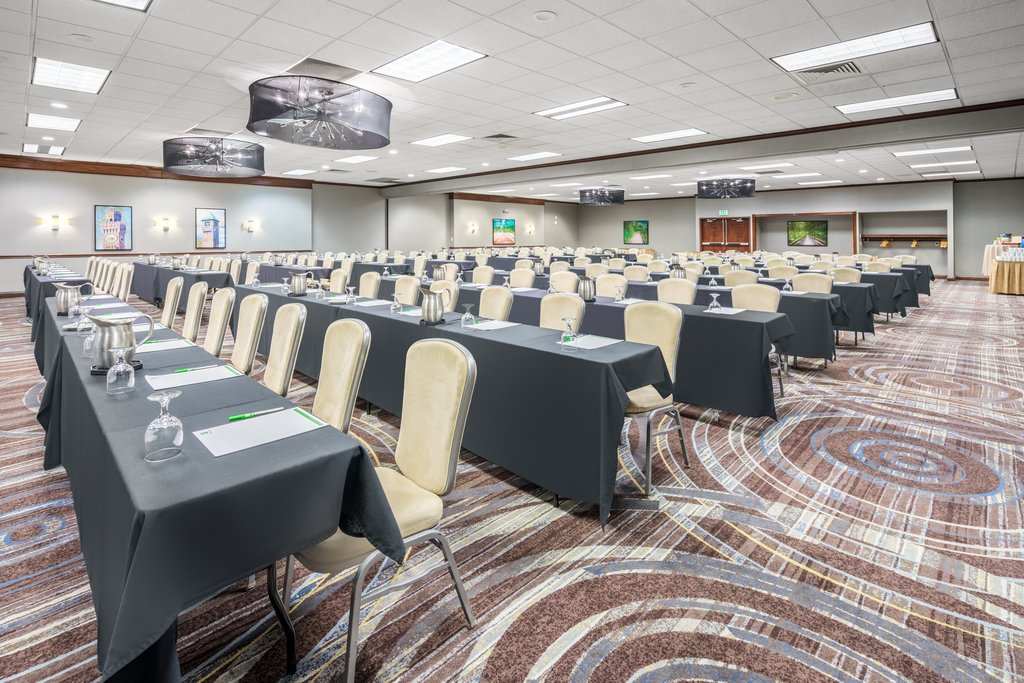 Holiday Inn Inner Harbor-Renovated Chesapeake Ballroom - perfect for meetings, conferences<br/>Image from Leonardo