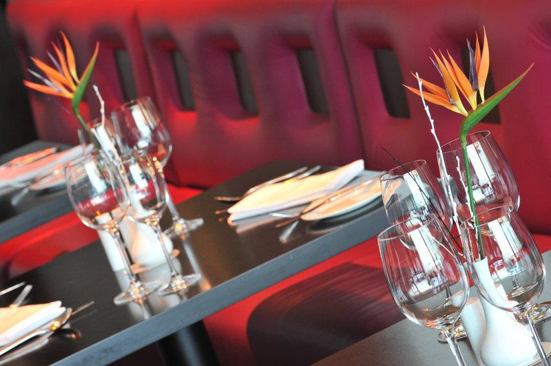 Crowne Plaza Marlow-Breakfast Area<br/>Image from Leonardo