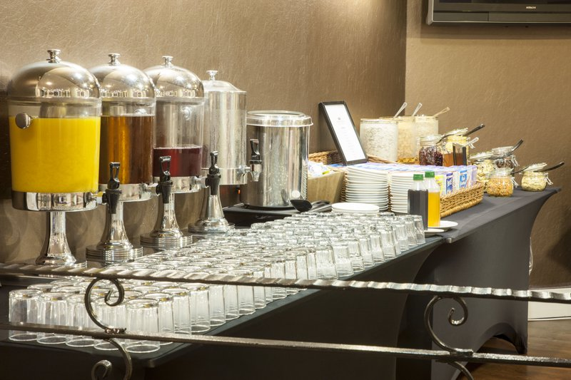 Crowne Plaza Liverpool John Lennon Airport-Fresh Juice Selection<br/>Image from Leonardo