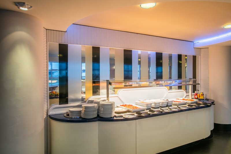 Crowne Plaza Liverpool John Lennon Airport-Buffet<br/>Image from Leonardo