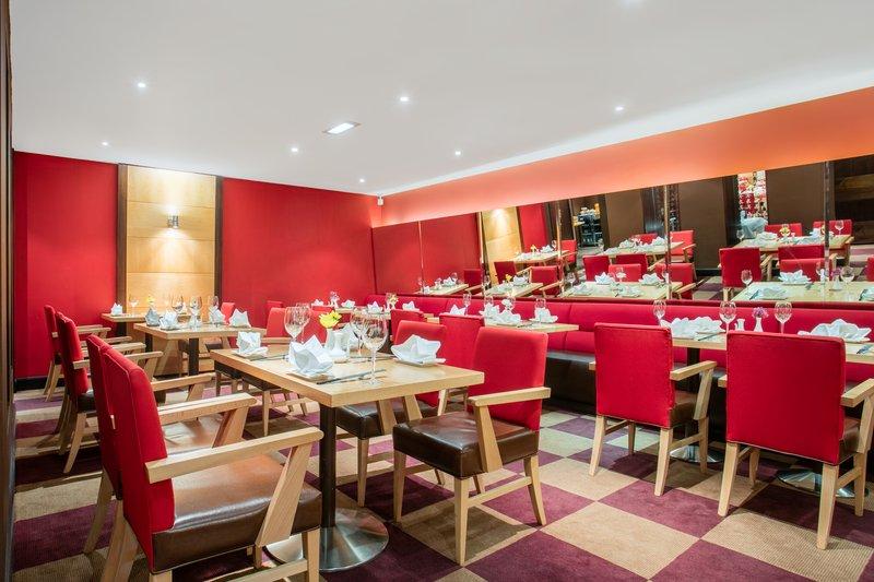Crowne Plaza Manchester Airport-Sampans Oriental Restaurant<br/>Image from Leonardo