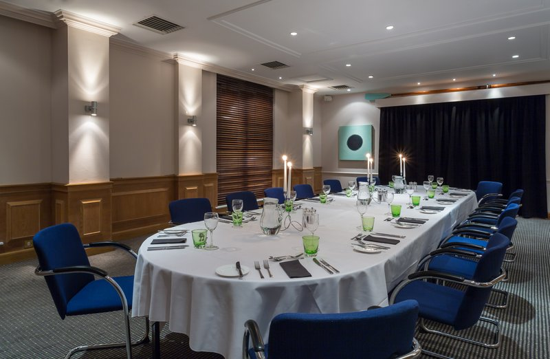 Holiday Inn Cambridge-Reserve the private dining room for your special occasions<br/>Image from Leonardo