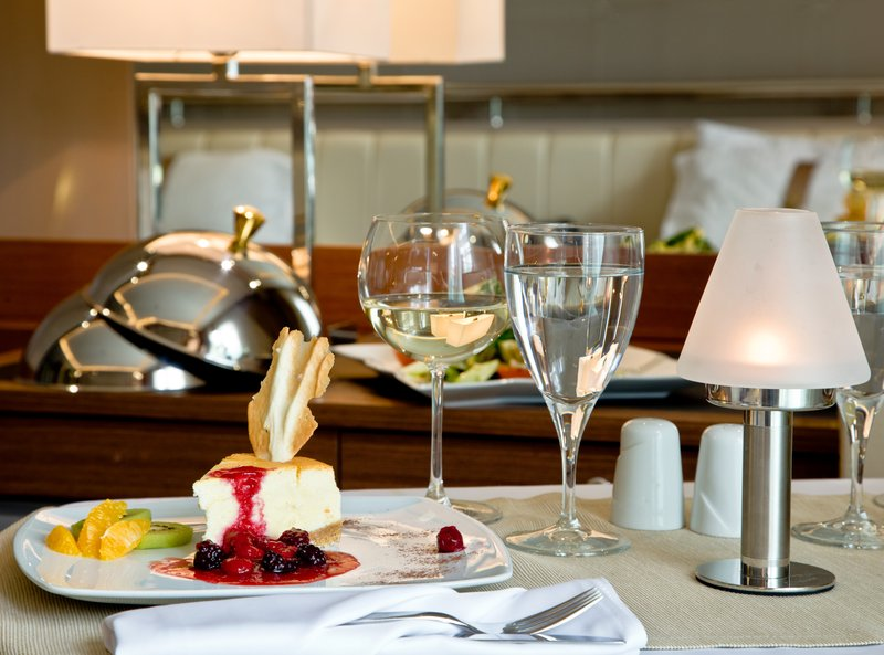 Holiday Inn Ankara-Kavaklidere-Room Service is available for your convenience<br/>Image from Leonardo
