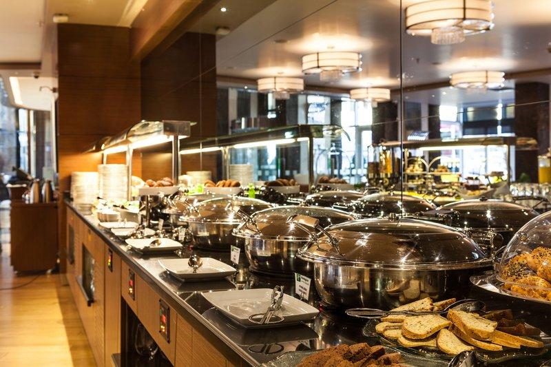 Holiday Inn Ankara-Kavaklidere-Breakfast Bar<br/>Image from Leonardo