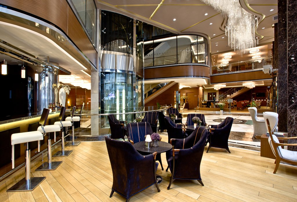 Holiday Inn Ankara-Kavaklidere-Bar and Lounge<br/>Image from Leonardo