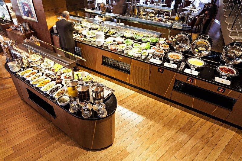 Holiday Inn Ankara-Kavaklidere-Breakfast Area<br/>Image from Leonardo