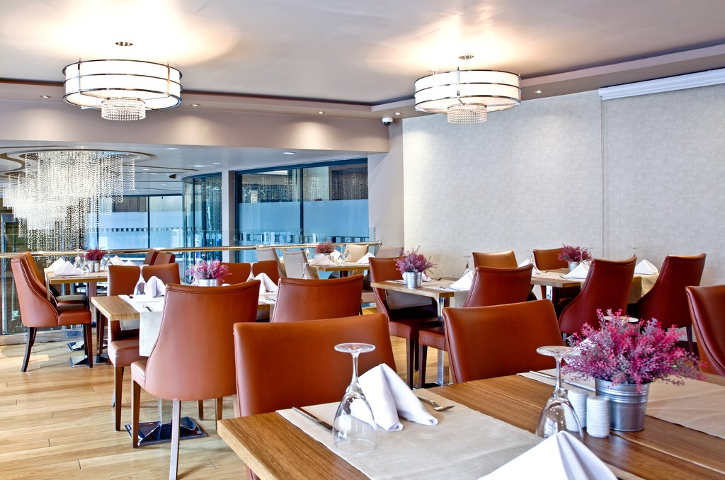 Holiday Inn Ankara-Kavaklidere-Enjoy dinner at Monde Restaurant's Upstairs Dining Room<br/>Image from Leonardo