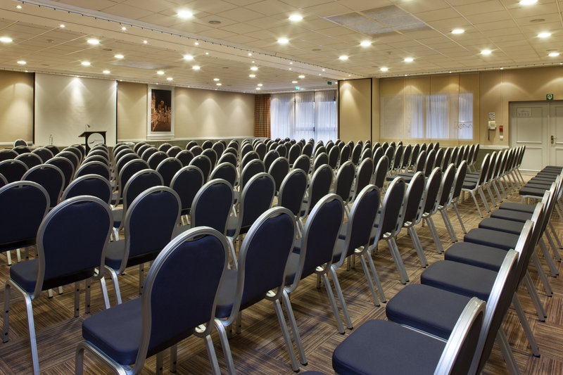 Holiday Inn Express Gent-9 Meeting Rooms up to 400 pax<br/>Image from Leonardo
