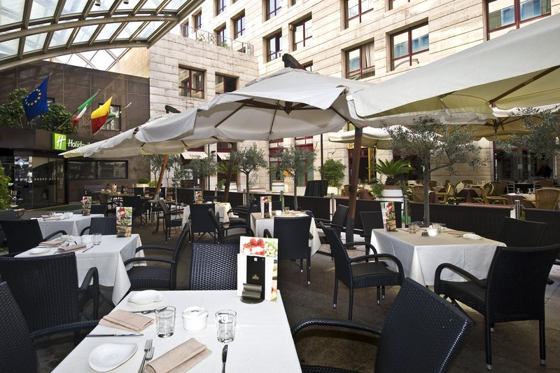 Holiday Inn Naples-Enjoy the warm temperatures of Naples in our terrace<br/>Image from Leonardo