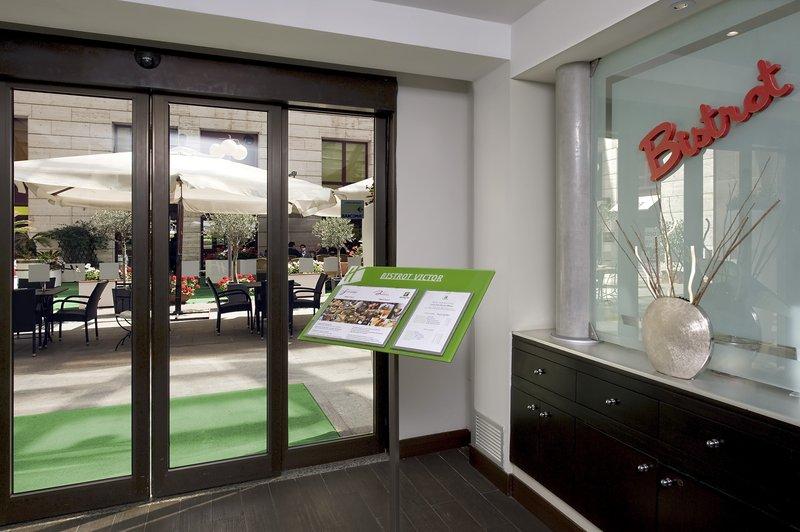 Holiday Inn Naples-Restaurant Bistrot Napoli - entrance<br/>Image from Leonardo