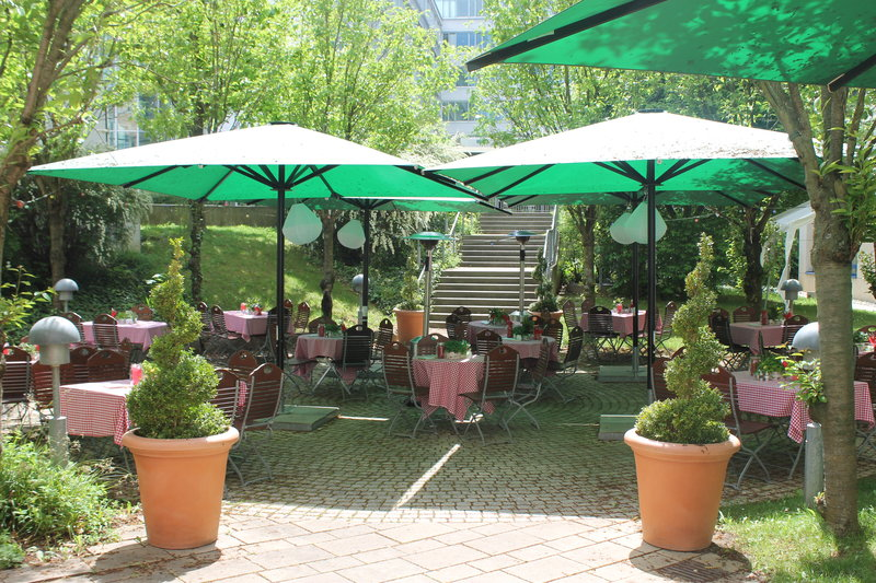 Holiday Inn Stuttgart-Comfortable atmosphere in our beer garden<br/>Image from Leonardo
