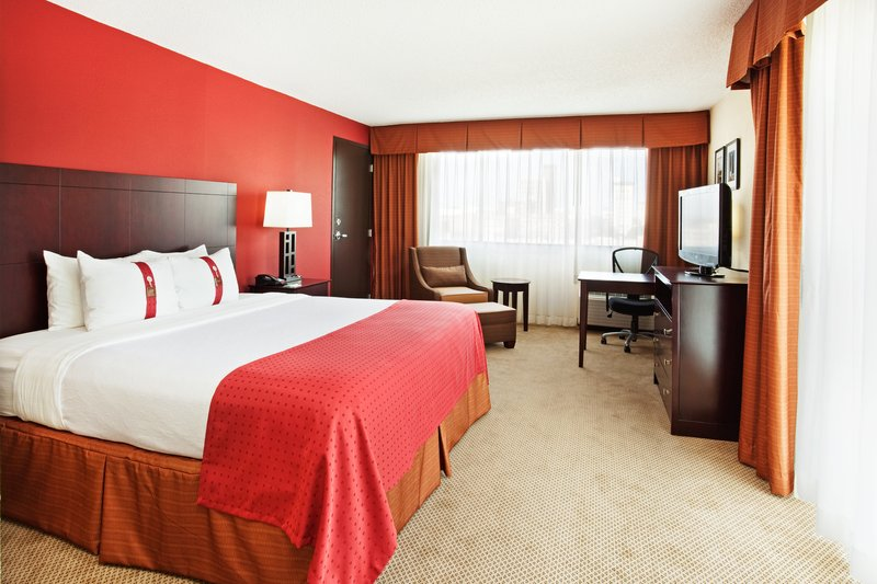 Holiday Inn Knoxville Downtown-Newly Renovated Guest Room with King Bed<br/>Image from Leonardo