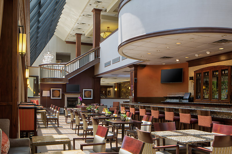 Crowne Plaza Dallas Galleria - Addison-Atrium Lounge located in the main lobby.<br/>Image from Leonardo