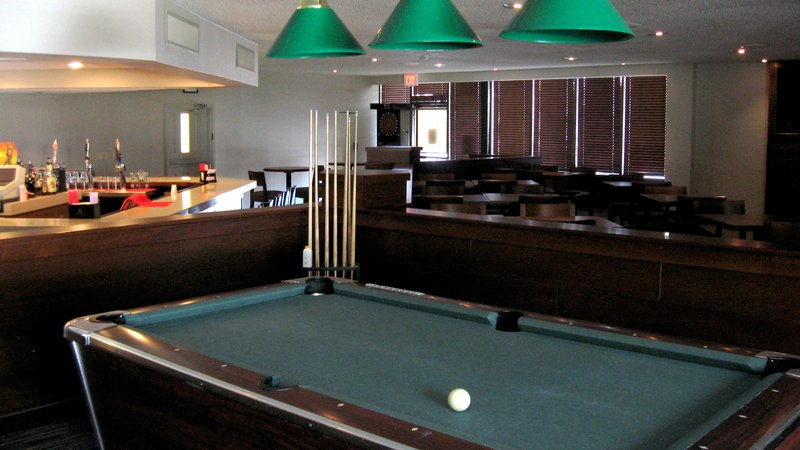 Holiday Inn Elmira - Riverview-Bar and Lounge<br/>Image from Leonardo