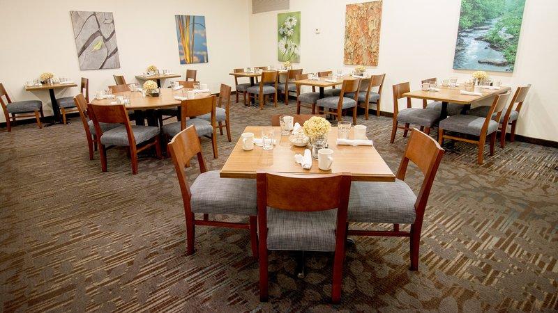 Holiday Inn Elmira - Riverview-Restaurant<br/>Image from Leonardo