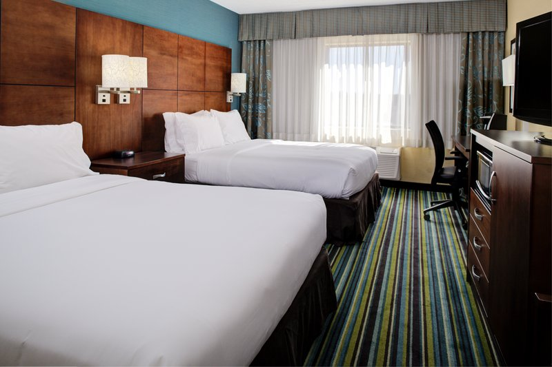Holiday Inn Express Flagstaff-Spacious 2 Queen beds and micro/fridge <br/>Image from Leonardo