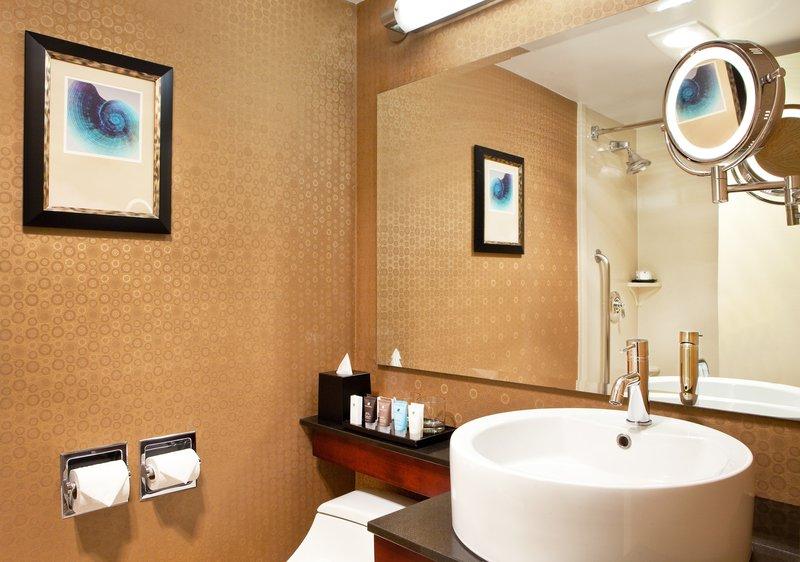 Crowne Plaza Boston - Newton-Guest room bath<br/>Image from Leonardo