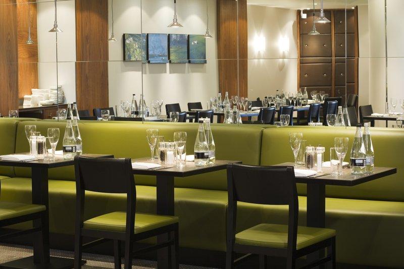 Holiday Inn Oxford-Formal Dining Area<br/>Image from Leonardo