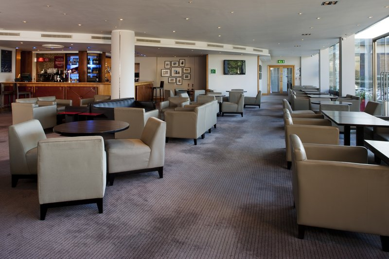 Holiday Inn Oxford-Bar and Lounge<br/>Image from Leonardo