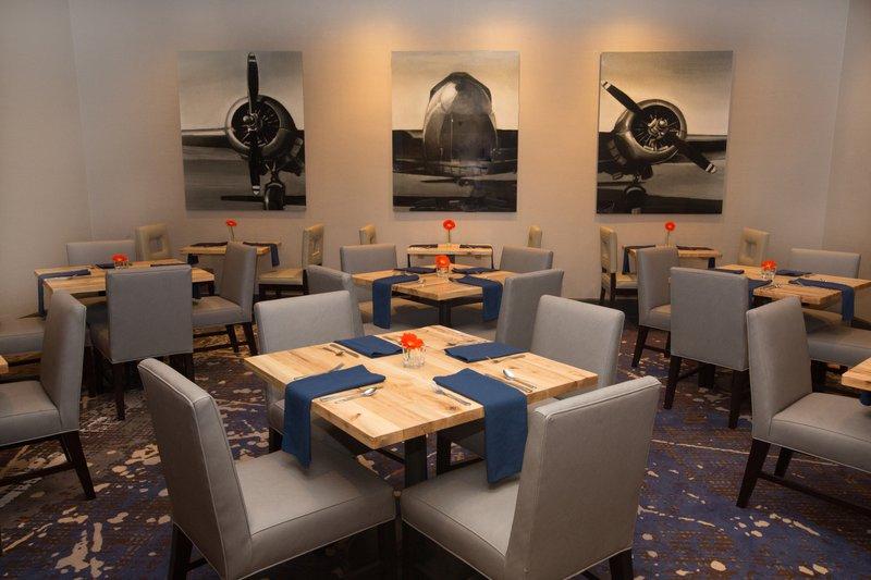 Holiday Inn Dayton/Fairborn I-675-Guest Dining Lounge<br/>Image from Leonardo