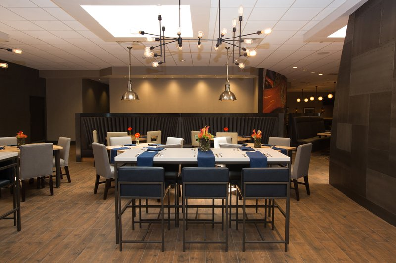 Holiday Inn Dayton/Fairborn I-675-Restaurant<br/>Image from Leonardo