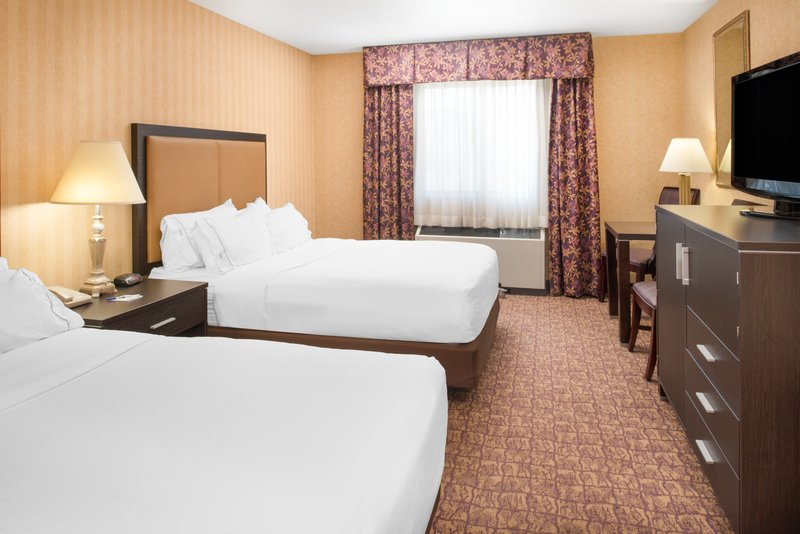 Holiday Inn Express Wenatchee-Double Bed Guest Room<br/>Image from Leonardo