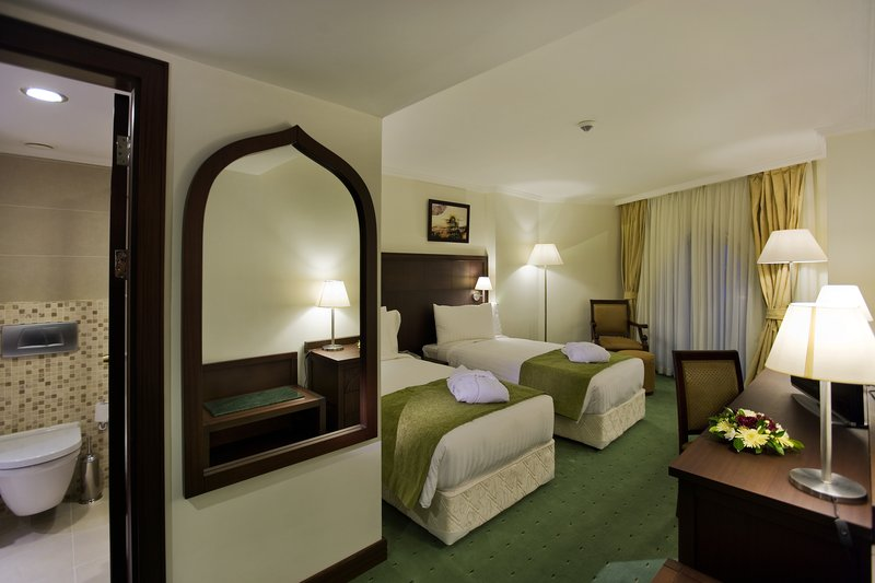 Crowne Plaza Antalya-Guest Room<br/>Image from Leonardo