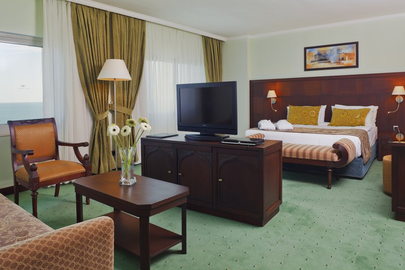 Crowne Plaza Antalya-Junior Suite consists of a bedroom and a living room zones<br/>Image from Leonardo