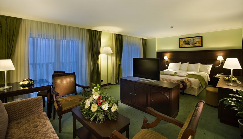 Crowne Plaza Antalya-Junior Suite<br/>Image from Leonardo