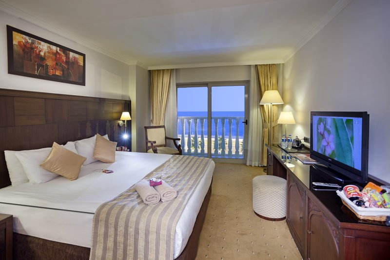 Crowne Plaza Antalya-Double Bed Guest Room<br/>Image from Leonardo
