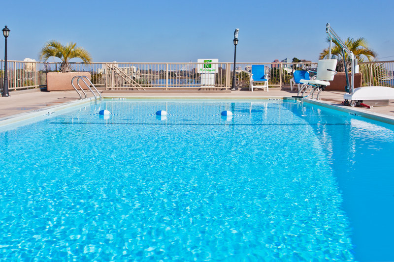 Holiday Inn Charleston-Riverview-See the Charleston Harbor from the pool!<br/>Image from Leonardo